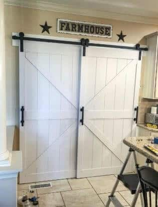 DIYHD Pine Knotty Two-Side Arrow Shape Sliding Barn Wood Door Slab